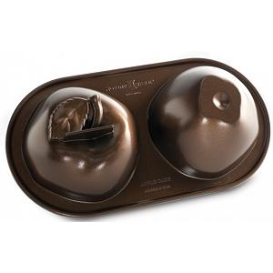 Nordic Ware 3D Apple Cake Pan